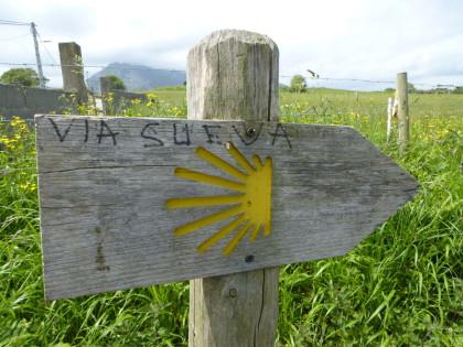 Gallaecia Sueva - Vía Sueva am Fuße des Monte Sueve